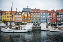 Nyhavn Nowy schronienie Popularny teren Kopenhaga Dani obrazy royalty free