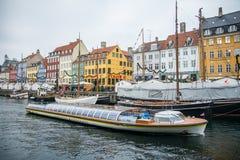 Nyhavn Nowy schronienie Popularny teren Kopenhaga Dani zdjęcia stock