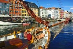 Nyhavn (nuevo puerto) en Copenhague Imágenes de archivo libres de regalías