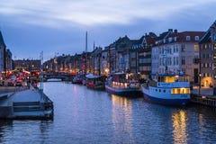Nyhavn ou porto novo, Copenhaga, Dinamarca fotografia de stock royalty free