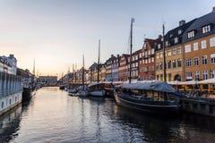 Nyhavn ou porto novo, Copenhaga, Dinamarca fotos de stock
