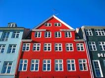 Nyhavn velho - Copenhaga moderno Foto de Stock Royalty Free