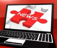 Nyheternapussel på anteckningsboken som visar Digital tidningar Royaltyfria Bilder