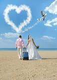 Nyligen gift par arkivfoton