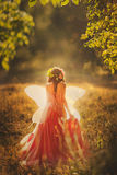 Nymphe enchanteresse dans la forêt Photo stock