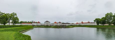 Nymphenburg slott - en av dragningarna i Munich i Bayern arkivfoto