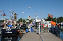 Nynashamn美丽如画的港 免版税库存照片