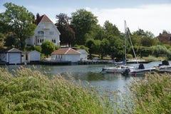 Nynshamn archipelag z marina w lecie fotografia stock
