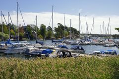 Nynshamn archipelag z marina w lecie obraz royalty free