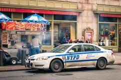 NYPD汽车停放了在盛大中央驻地在纽约 库存图片