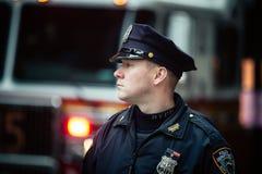 NYPD funkcjonariusz policji w NYC Zdjęcia Royalty Free