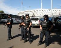 NYPD kontuaru terroryzmu oficery providing ochronę Zdjęcie Royalty Free