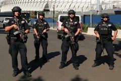 NYPD kontuaru terroryzmu oficery providing ochronę Zdjęcie Stock