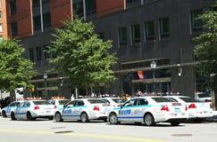 NYPD sull'alta allerta dopo la minaccia di terrore in New York Immagini Stock