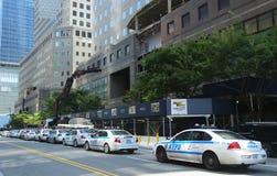 NYPD sull'alta allerta dopo la minaccia di terrore in New York Fotografie Stock Libere da Diritti