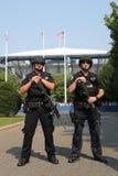 NYPD-Terrorismusbekämpfungsoffiziere, die Sicherheit zur Verfügung stellen Stockfotografie