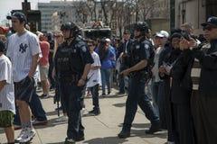 NYPD-van de Dienstambtenaren van het Politie de Tegenterrorisme patrouille Yankee stad Royalty-vrije Stock Foto