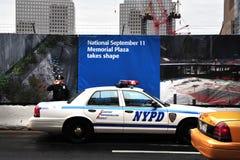 NYPD Zabezpieczać Centrum Handel Światowy Jeden miejsce Obrazy Royalty Free