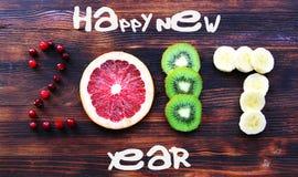 Nytt år 2017 av frukt och bär, kort Arkivbild