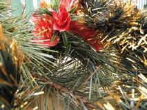 nytt år ekologiskt trä för julgarneringar Tappning _ Arkivbild