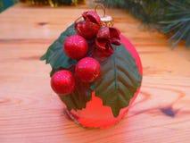 nytt år ekologiskt trä för julgarneringar Tappning _ Royaltyfri Bild