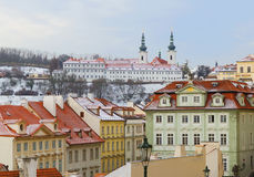 Nytt år i Prague Sikten från höjden Royaltyfria Bilder