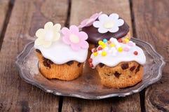 Nytt bakade muffiner Royaltyfri Bild