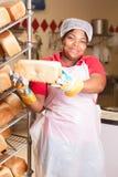 Nytt bröd som är varmt och Royaltyfria Bilder