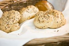 Nytt franskt bröd med sesam Arkivbilder