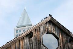 nytt gammalt för byggnader Fotografering för Bildbyråer