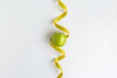 nytt grönt mätande band för äpple Royaltyfria Bilder