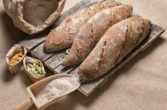 Nytt hemlagat bröd från ugnen Royaltyfri Foto