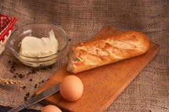 nytt hemlagat för bröd chip Bröd på surdeg Osyrat bröd dietary bröd arkivfoton