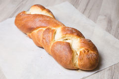 _ nytt hemlagat för bröd Traditionell fransk bakning Royaltyfri Fotografi