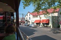NYTT HOPP, PA - AUGUSTI 11: Vägen för den nya hopp- och Ivyland stången är en arvdrevlinje för besökare som går på touristic Royaltyfria Foton