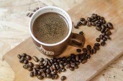 Nytt malt kaffe, kaffebönor Royaltyfria Foton