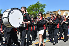 NYTT marschera musikband royaltyfri bild