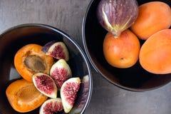 nytt moget för figs saftiga aprikosar Arkivbild