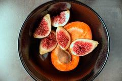 nytt moget för figs saftiga aprikosar Royaltyfri Foto