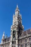 Nytt stadshus av Munich på Marienplatz, Tyskland, 2015 Fotografering för Bildbyråer