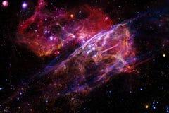 Oändlig härlig kosmosbakgrund med nebulosan och stjärnor royaltyfri fotografi