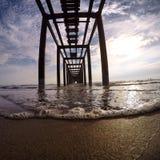 Oändlig strandpromenad Arkivfoton