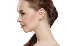 Oído del cuello de la cara de la piel de la belleza de la mujer del perfil imagen de archivo libre de regalías