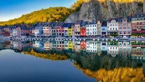 Отражение в реке Maas Dinant стоковое фото