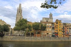 Oñar river passing by Gerona in front of the cathedral Royalty Free Stock Image