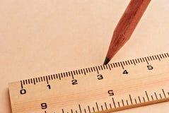 Ołówek i władca obrazy stock
