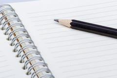 Ołówek na notatnika zakończenia up krótkopędzie Zdjęcia Royalty Free