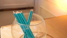 Ołówek tęcza w szklanym słoju zdjęcia royalty free