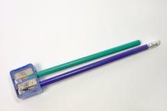 Ołówkowe ostrzarki i dwa ołówka w one zdjęcia stock
