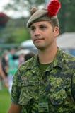 Żołnierz Czarnego zegarka Królewski Górski pułk Zdjęcia Royalty Free